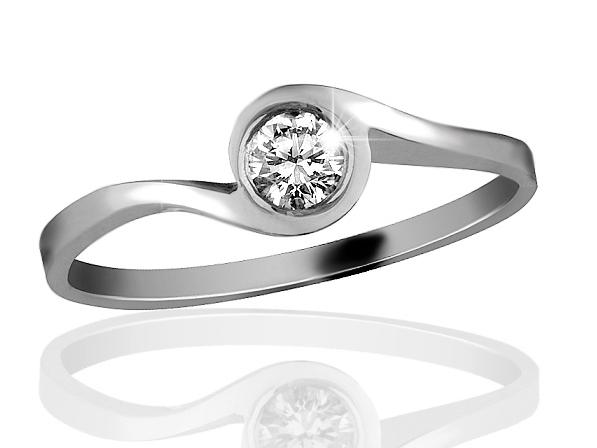 Zlatý prsten s briliantem řady Briline 09-36
