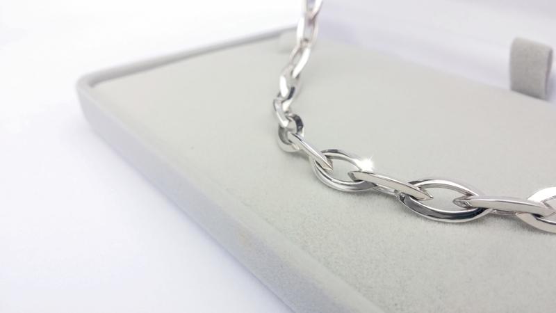 Novinka - luxusní náhrdelník bílé zlato Briline103